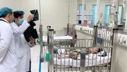 Bé gái ngã từ tầng 12A chung cư tại Hà Nội sắp được xuất viện