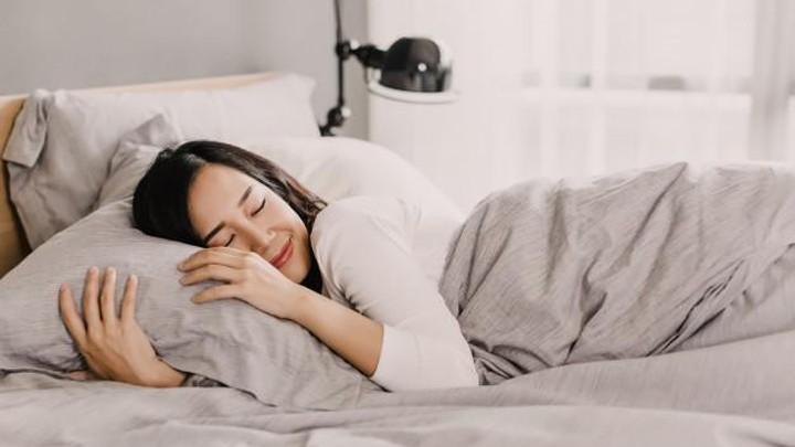 Bí quyết uống nước để giảm cân kể cả khi đang ngủ