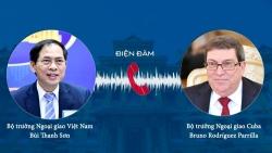 Bộ trưởng Ngoại giao Bùi Thanh Sơn điện đàm với Ngoại trưởng Cuba Bruno Rodríguez Parrilla