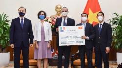 Italy tiếp tục viện trợ bổ sung 796.000 liều vaccine Covid-19 cho Việt Nam