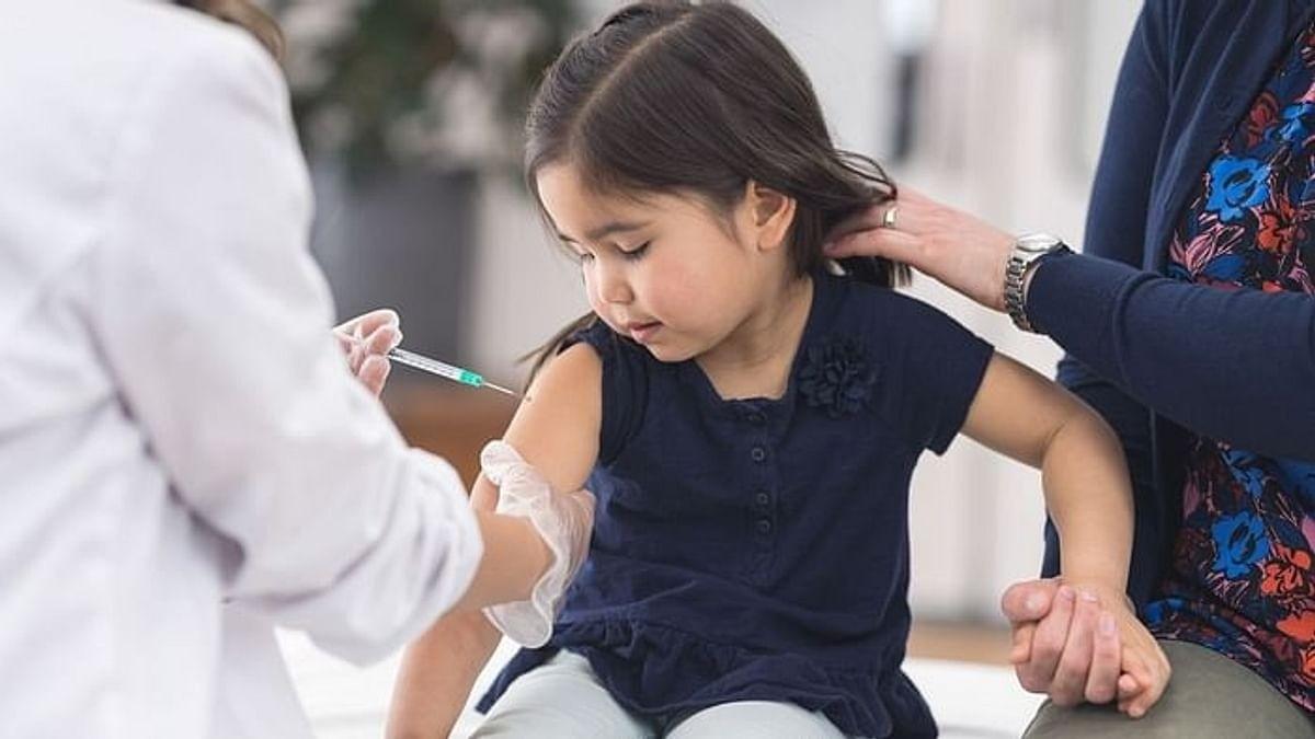 Các nước trên thế giới chọn loại vaccine Covid-19 nào cho trẻ em?
