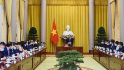 Chủ tịch nước Nguyễn Xuân Phúc giao nhiệm vụ cho 8 Đại sứ vừa mới được bổ nhiệm