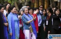 Phu nhân các Lãnh đạo Cấp cao APEC tham quan Hội An
