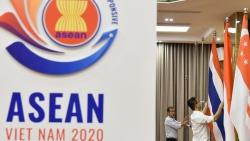 Cần chú ý gì về hình thức, kích thước các lá cờ khi treo cùng cờ ASEAN?