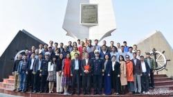 Đoàn công tác Bộ Ngoại giao thăm và chúc mừng lực lượng Quân chủng Hải quân
