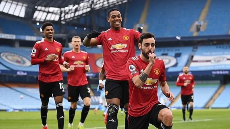 Manchester United bất ngờ đánh bại Man City ngay tại thánh địa Etihad