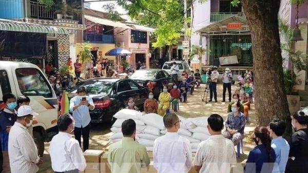Dịch Covid-19 ở Campuchia: Cứu trợ người gốc Việt trong khu vực phong tỏa