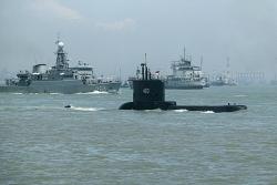 Indonesia tìm thấy 6 mảnh vỡ và xác định tàu ngầm KRI Nanggala 402 bị chìm