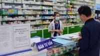 Dịch Covid-19: Tại sao khi mua thuốc ho, sốt phải khai báo y tế?