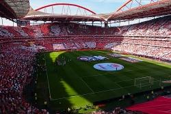 Champions League tổ chức theo thể thức mới lạ