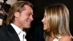 Diễn viên Jennifer Aniston hài lòng với cuộc sống độc thân, coi Brad Pitt như bạn thân