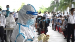 Covid-19: Cụ ông 74 tuổi ở Đà Nẵng nhiễm SARS-CoV-2; TP. Hồ Chí Minh thêm 3 ca tử vong