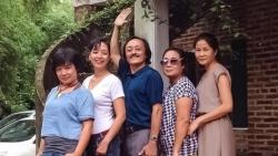 NSƯT Chiều Xuân chia sẻ ảnh nghệ sĩ Giang Còi với các bạn cùng lớp đại học