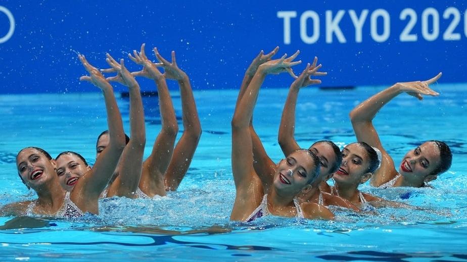 Xem các nữ VĐV xinh đẹp 'khiêu vũ' dưới nước tại Olympic Tokyo 2020