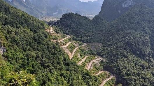 Những cảnh đẹp nổi tiếng của Cao Bằng - tỉnh duy nhất chưa có Covid-19