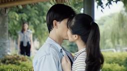 Hương vị tình thân: Chị em bày tỏ cảm xúc trước cảnh tiểu tam Dương cố tình hôn Huy trước mặt Thy