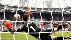 Man Utd vs West Ham (2 -1): Ronaldo thêm kỷ lục, thủ môn De Dea hóa anh hùng, HLV Solskjaer trách trọng tài