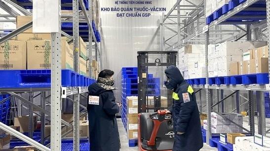 Thêm 1,3 triệu liều vaccine Covid-19 về đến Việt Nam; tình hình dịch bệnh tại Quảng Bình, Phú Yên và Bến Tre