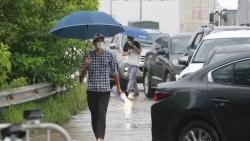 Dự báo thời tiết đêm nay và ngày mai (14-15/10): Cả nước mưa rào và dông rải rác; miền Bắc trời lạnh