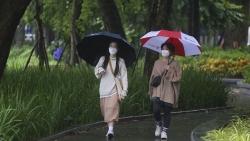 Dự báo thời tiết đêm nay và ngày mai (20-21/10): Cả nước mưa rào và dông rải rác, nhiều nơi mưa vừa mưa to cục bộ; Đông Bắc Bộ có nơi chuyển rét