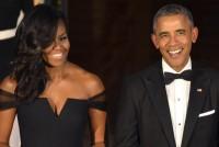 Vợ chồng cựu Tổng thống Obama được yêu thích nhất nước Mỹ