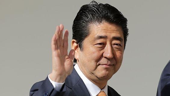 Thủ tướng Nhật Shinzo Abe: Trở lại để lợi hại hơn