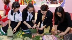 Người Việt tại Lào rộn ràng đón Tết cổ truyền Tân Sửu 2021