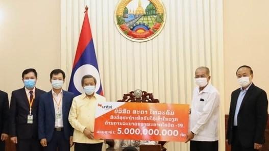 Cộng đồng người Việt tại Lào chung tay cùng nước sở tại phòng, chống dịch Covid-19