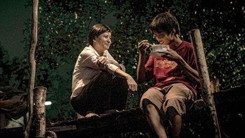 Diễn viên chính của phim 'Ròm' được vinh danh tại Liên hoan phim châu Á lần thứ 18