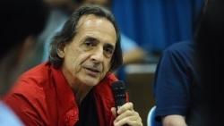 Bác sỹ thiện nguyện Italy ra mắt sách về 'chú lính chì' Thiện Nhân