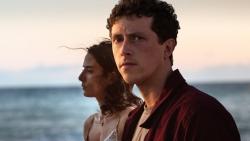 Netflix tháng 8: Cuộc đổ bộ của hàng loạt phim mới ra mắt mùa đầu