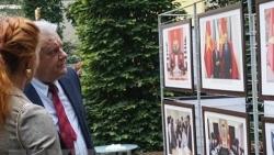 Bạn bè Czech ấn tượng với triển lãm ảnh về Việt Nam