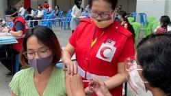 Hỗ trợ tiêm phòng vaccine Covid-19 cho người Việt Nam tại Malaysia