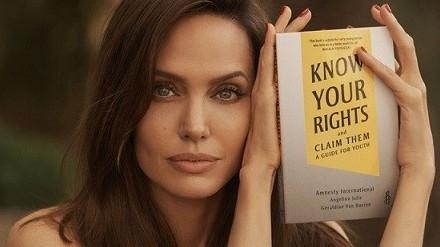 Sách mới của Angelina Jolie: Tiếng nói mạnh mẽ về quyền trẻ em