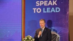 Đại sứ Mỹ biểu dương các học sinh tại Cuộc thi hùng biện tiếng Anh 'Speak to Lead'
