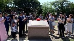 Khai trương biển đồng tiểu sử của Chủ tịch Hồ Chí Minh tại Argentina