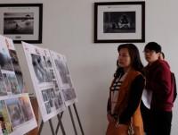 875 câu chuyện về Việt Nam - Đất nước - Con người qua ảnh