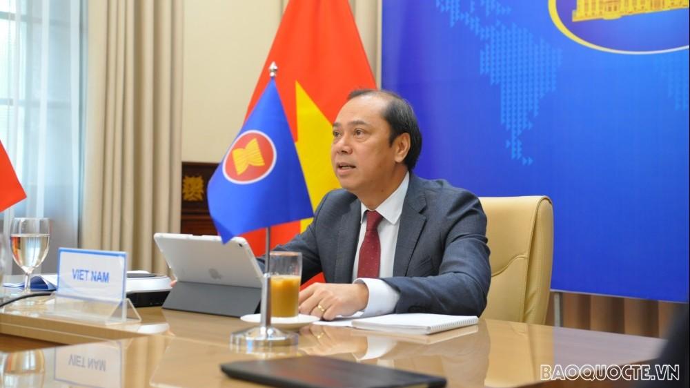 SOM ASEAN: Tăng cường hợp tác ứng phó đại dịch Covid-19 và các thách thức đang nổi lên