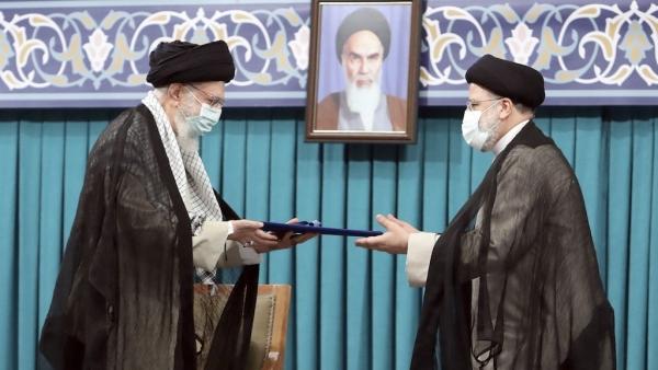 Tân Tổng thống Iran và sự chiến thắng của phe bảo thủ