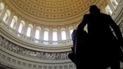 Giá vàng hôm nay 22/1: Lo nhiều hơn mừng, vàng lại bật tăng, Thượng viện Mỹ sẽ mạnh tay?