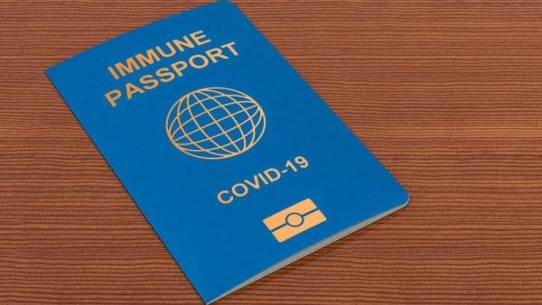 Hộ chiếu vaccine: Thêm một độc lực mới nguy hiểm của virus corona?