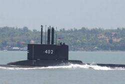 Indonesia tìm kiếm tàu ngầm mất liên lạc và 53 người mất tích