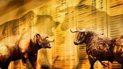Giá vàng hôm nay 27/10, Giá vàng vì sao lại giảm mạnh, người tiêu dùng lạc quan bất ngờ, vàng sẽ leo đỉnh 1.900 USD?
