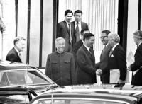 Hội nghị Paris: Bộ đôi nòng cốt Nguyễn Cơ Thạch - William Sullivan