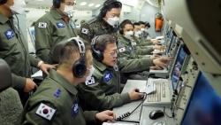 Tổng thống Hàn Quốc kiểm tra khả năng sẵn sàng chiến đấu của quân đội trong ngày đầu năm mới