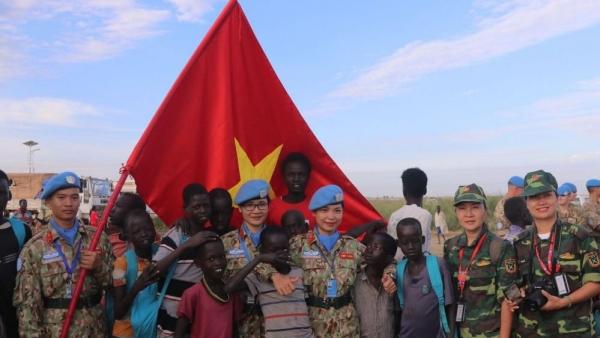 Niềm tự hào của 'bóng hồng mũ nồi xanh' gìn giữ hòa bình của Liên hợp quốc