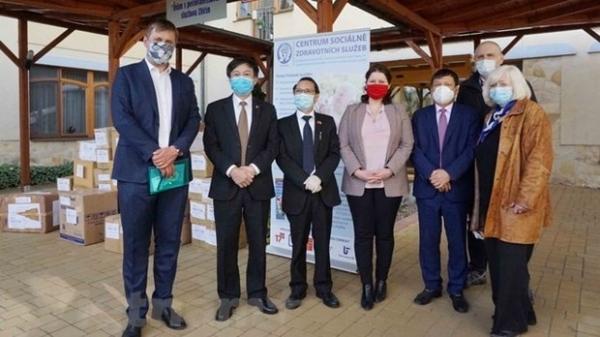Giới chức Czech ghi nhận những đóng góp to lớn của cộng đồng người Việt tại Czech