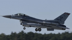 Nga-Czech chưa 'hạ hỏa', Mỹ 'tiếp lửa' triển khai máy bay chiến đấu tập trận tại Ba Lan