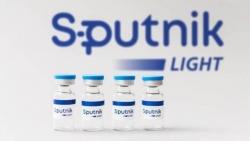 Vaccine Sputnik Light của Nga 'nóng bỏng tay' ngay khi vừa ra mắt