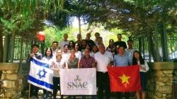 Đại sứ quán Việt Nam tại Israel thăm sinh viên gần Dải Gaza